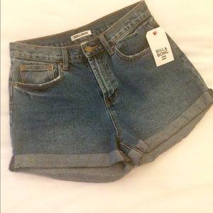 NWT Billabong high waist jean shorts. Sz 27